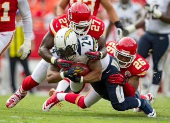 SPORTS FBN-CHARGERS-CHIEFS 39 KC by Chris C licensed under (CC BY-ND 2.0)